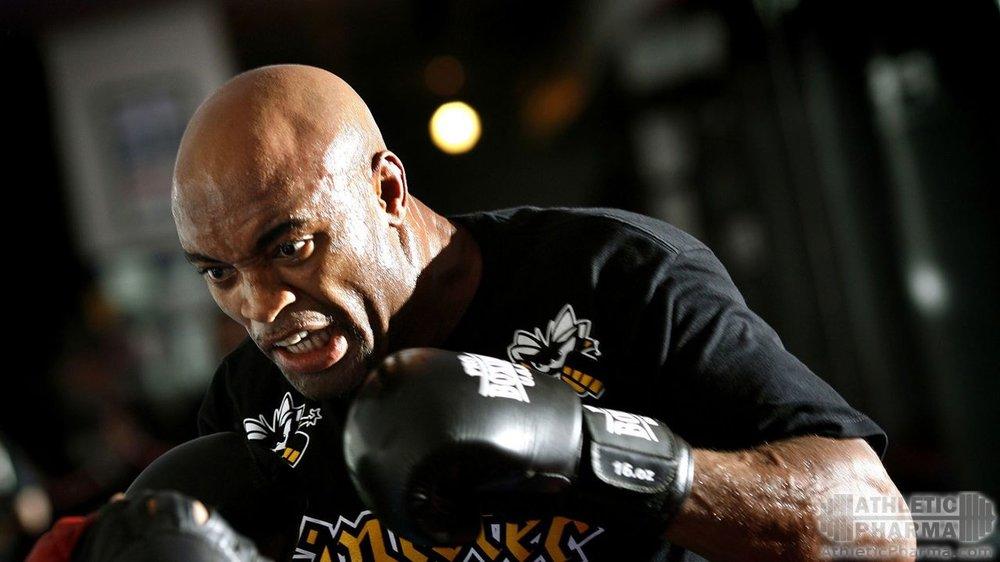 Андерсон Сильва, бывший чемпион UFC