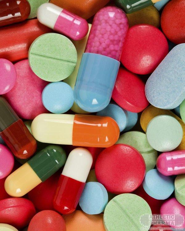 Витамины в таблетках (много разных)